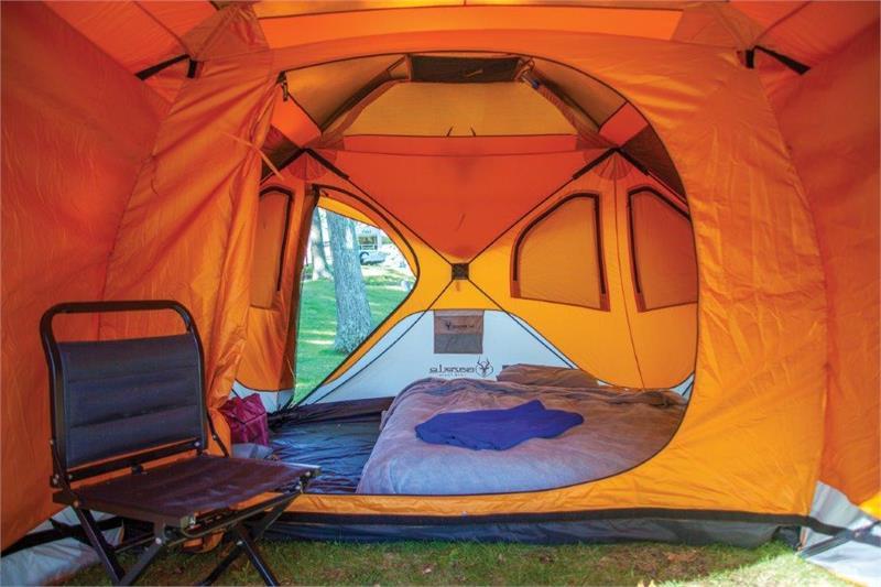 26800 GAZELLE 8 Man Camping Hub Tent w/Screen Room